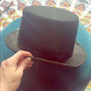 Black dress up hat